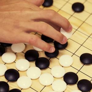 Штучний інтелект переміг чемпіона світу у вирішальній партії з гри в го